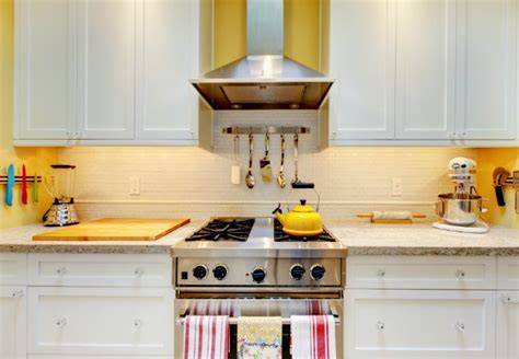 how to clean the grease kitchen cabinets how to clean kitchen cabinets bob vila