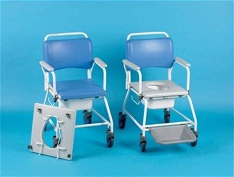 combinaison d une chaise roulante de et d une chaise perc 233 e