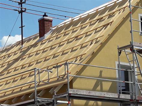 Dachdämmung Altbau Kosten by Was Kostet Die Neue Dachd 228 Mmung Energie Fachberater