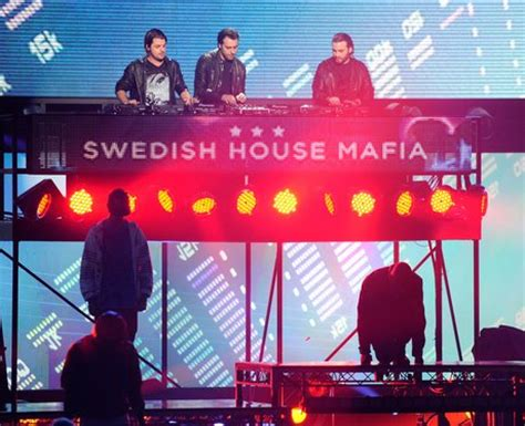 swedish house mafia ft tinie tempah swedish house mafia ft tinie tempah miami 2 ibiza