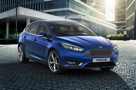 2015 Ford Focus Hatchback by 2015 Ford Focus Hatchback Front Side View Photo 2