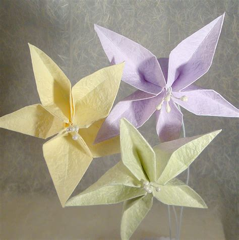 origami lilies origami flower comot
