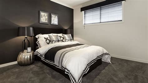 Master Bedroom Closet Design d 233 coration en noir et blanc