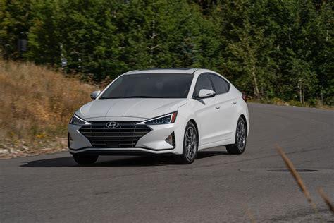 Hyundai Elantra 2019 by 2019 Hyundai Elantra Preview Motor Illustrated