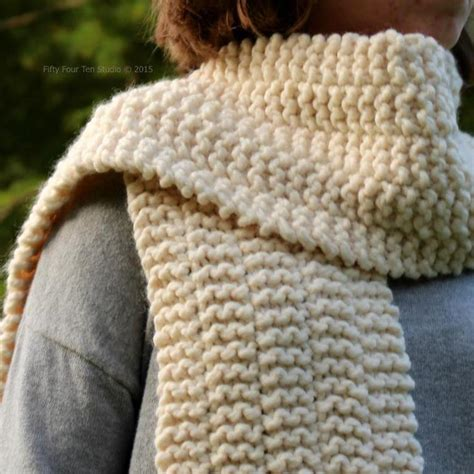 free knitted scarf patterns 11 chunky knit scarf patterns to knit this weekend
