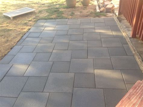 how to patio pavers 25 best ideas about concrete pavers on patio