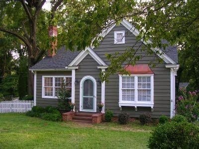 paint colors for cottage sixty fifth avenue exterior paint color