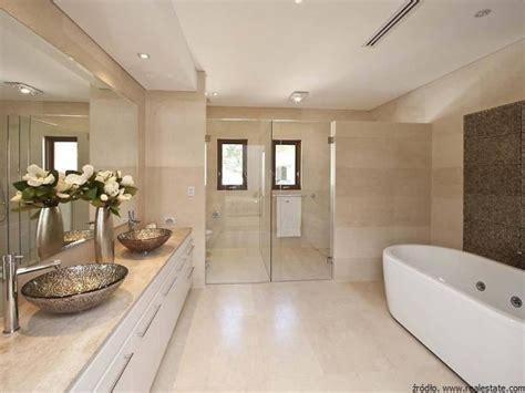 modern ensuite bathroom designs sprawna wentylacja w 蛯azience 蛛azienki projekty