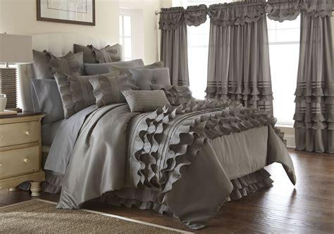 ruffled bedding sets 24 platinum ruffled comforter set