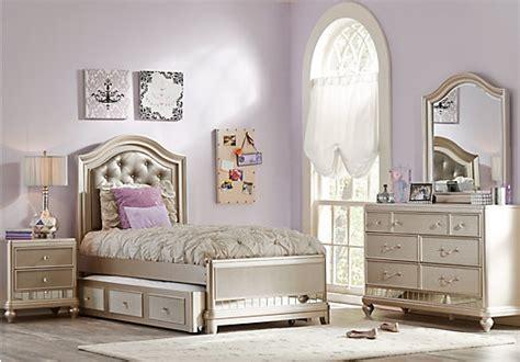 sofia vergara bedroom furniture sofia vergara petit chagne 5 pc panel