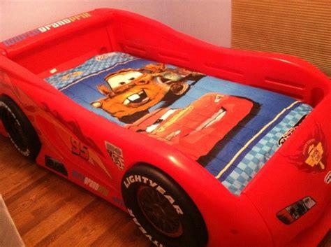 tikes cars 2 lightning mcqueen sports car bed lightning mcqueen bed deals on 1001 blocks