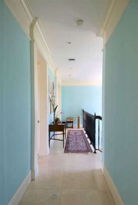 paint colors for narrow hallway decorating a hallway