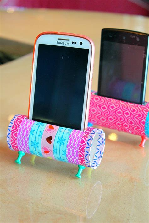 easy crafts to do with paper diy phone holder with toilet paper rolls easy craft