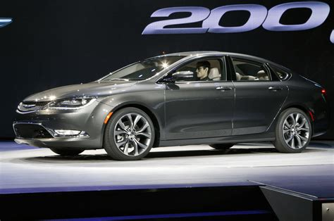 Chrysler 200 Price Range by 2015 Chrysler 200 In Detroit With Screen Photo 8