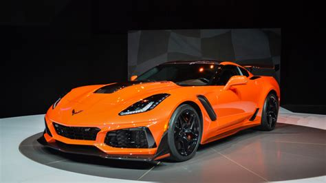 New Corvette Zr1 by New Chevy Corvette Zr1 Hits 60 Mph In 3 Seconds