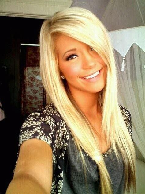 Feminine Easy Hairstyles For Straight Hair Easy Blonde Hairstyles For Long Straight Hair With Side Swept Bangs