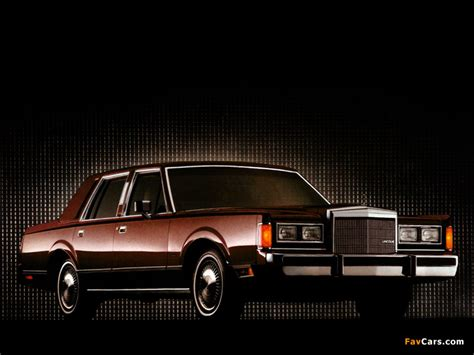 Car Town Wallpaper by Lincoln Town Car 1985 89 Wallpapers 800x600