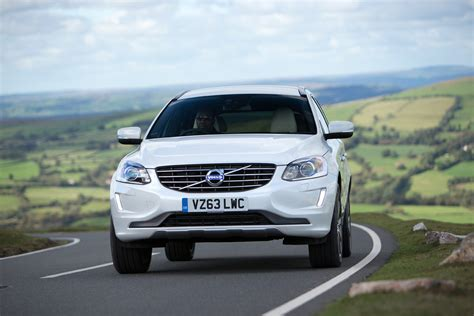 2014 Volvo Xc60 Review by Volvo Xc60 2014 Review Auto Express