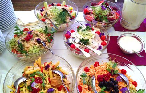 buffet froid traiteur de ch 226 telaine 232 ve buffet salades buffet froid