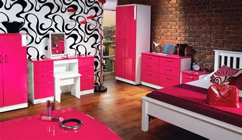black and pink bedroom furniture pink and black bedroom accessories