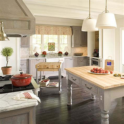 country kitchen ideas for small kitchens stunning find cottage kitchen design ideas dgmagnets