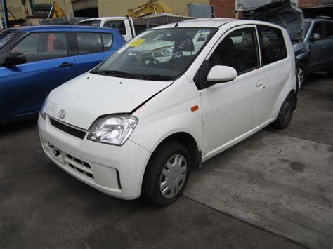 Daihatsu Charade Parts by 187 Daihatsu Charade L251 1 0i A White Charade Parts