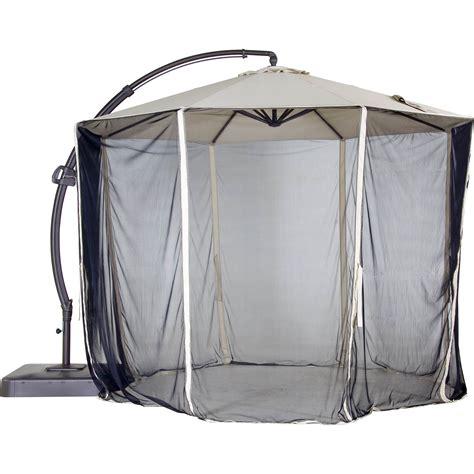 patio umbrella with netting garden oasis netting for 11 5 ft offset umbrella