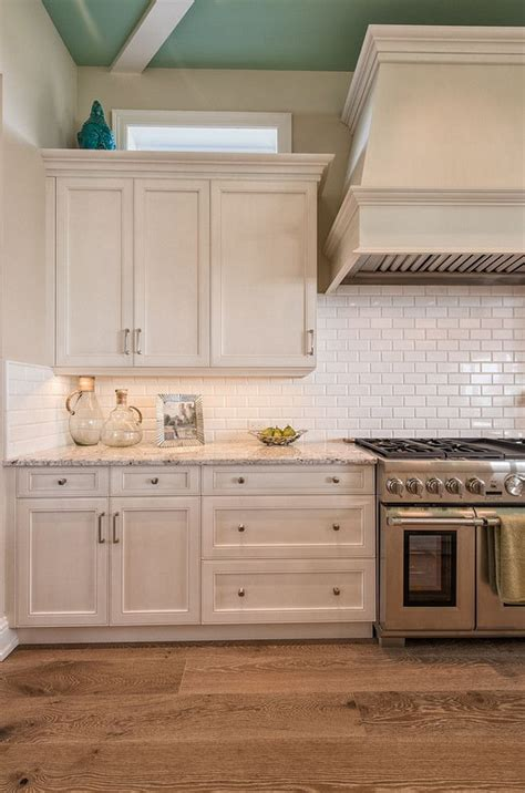 subway tile colors kitchen best 25 white kitchen cabinets ideas on