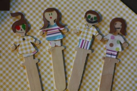 craft ideas with scrapbook paper scrapbook scrap puppets think crafts by createforless