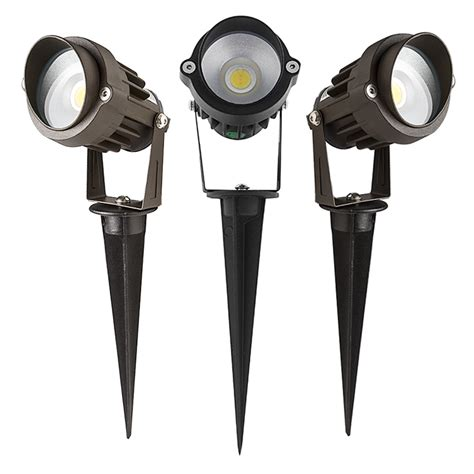 landscape lighting flood vs spot 5 watt landscape led spotlight w mounting spike 250 lumens led landscape spot lights led