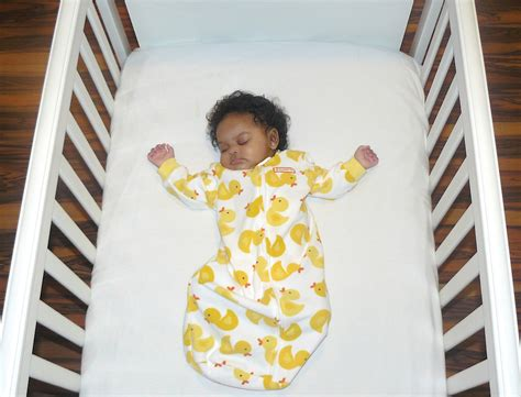 ways to help baby sleep in crib a baby sleeping in crib
