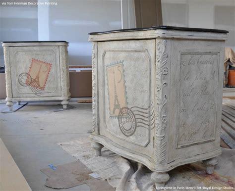 chalking up the secret to vintage furniture stencils paint pattern