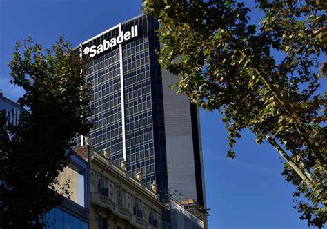 inmobiliaria del banco sabadell sabadell se queda sin lastre inmobiliario la verdad