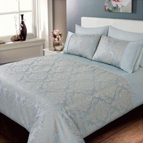 jacquard bed set elizabeth jacquard damask duvet set bedding duvet sets
