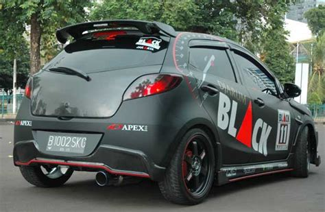 Modifikasi Mobil Hatchback by Modifikasi Mazda2 2010 Hatchback Bergaya Racing