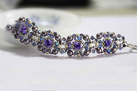 how to make a beaded bracelet with wire pin by on jewelry