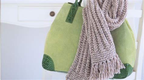 how to start knitting a scarf homelife how to knit a ribbed scarf