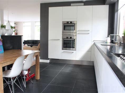 ideas for kitchen floors bloombety modern kitchen images ideas modern