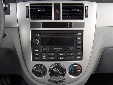 2007 Suzuki Forenza Review by 2007 Suzuki Forenza Reviews And Rating Motor Trend