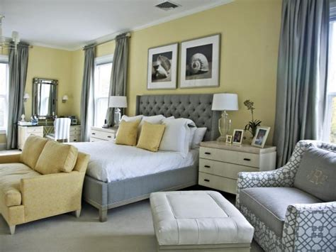 choosing a paint color for your bedroom what color to paint your bedroom pictures options tips