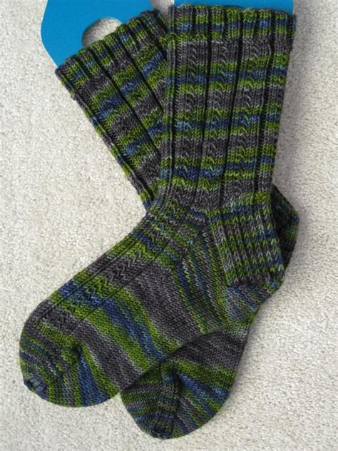 easy knit sock pattern simple skyp socks by adrienne ku knitting pattern
