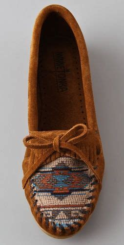beaded moccasin vs best 25 moccasins ideas on comfy shoes
