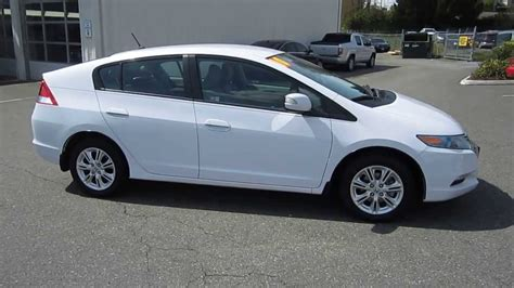 White Honda by 2010 Honda Insight White 200 Interior And Exterior Images