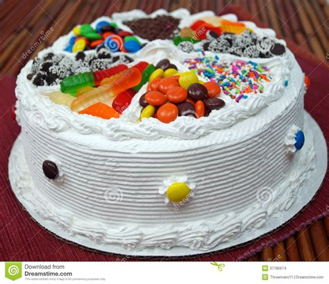 images of cakes decorated decorated birthday cake stock images image 37785674