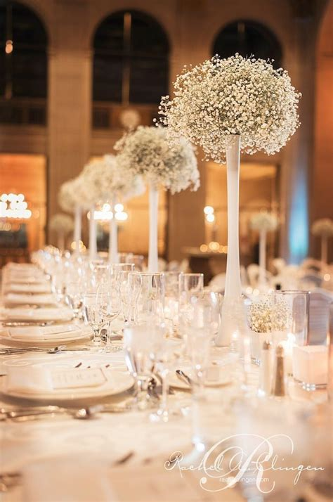 vase wedding centerpiece ideas 17 best ideas about inexpensive wedding centerpieces on