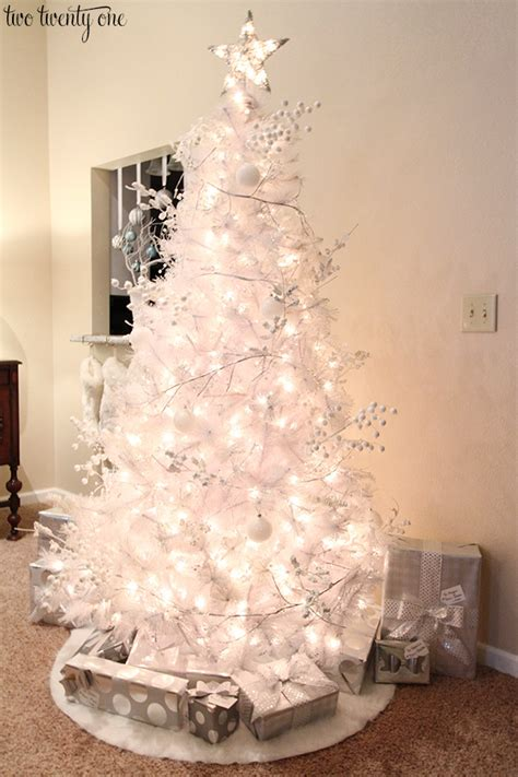 all white tree decorations white tree
