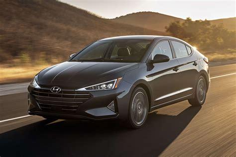 Hyundai Elantra 2019 by 2019 Hyundai Elantra Isn T Just Edgy It S All Triangles