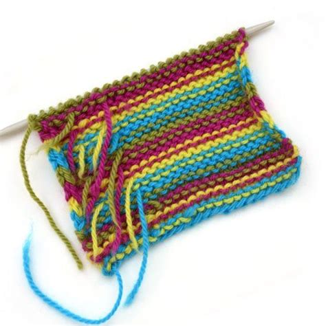 knitting weaving in ends a simple trick for weaving in ends as you knit stripes to