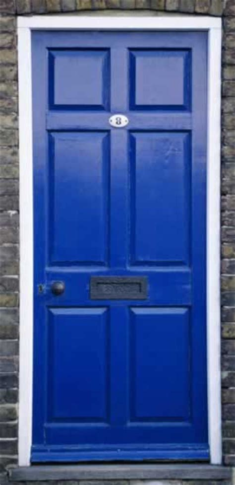 blue door the transforming townhouse shut the front door
