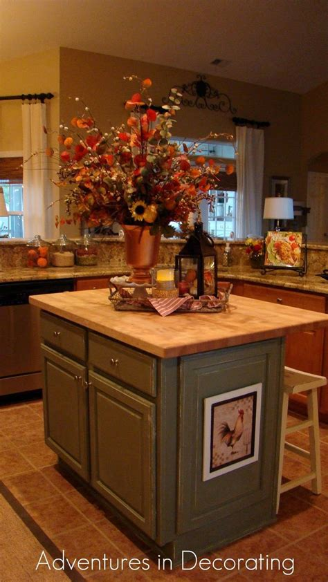 kitchen island decorating ideas best 20 kitchen island decor ideas on kitchen